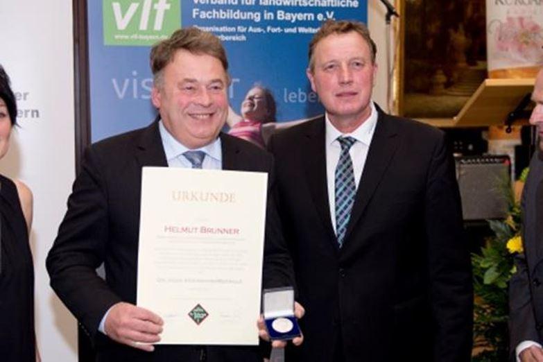 Landwirtschaftsminister Helmut Brunner und Harald Schäfer, Vors. VLM